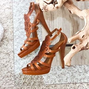 GORGEOUS ISOLA BROWN LEATHER HIGH HEELS🤍✨